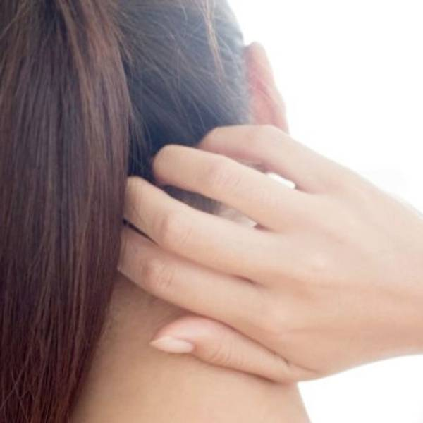 Qual è la causa del prurito del cuoio capelluto si tratta di cuoio capelluto a tendenza atopico  oppure è solo per via di uno shampoo non adatto.
