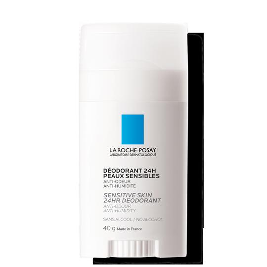 Confezione deodorante 24H stick pelle sensibile su sfondo bianco